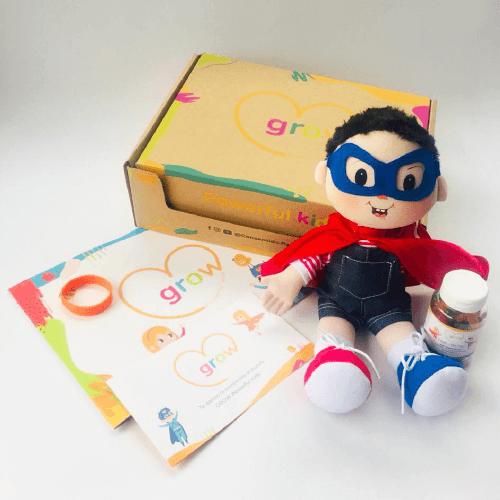 Niño Cabello Negro - Grow Powerful Kids Box