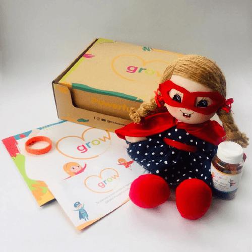 Niña Cabello Rubio - Grow Powerful Kids Box