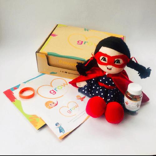 Niña Cabello Negro - Grow Powerful Kids Box